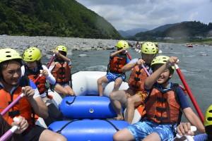 富士川ラフティング、ラフティング、川遊び、アクティビティー、静岡観光、富士山麓、夏のおすすめ、家族おすすめ、社員旅行、大学生おすすめ、伊豆周辺v